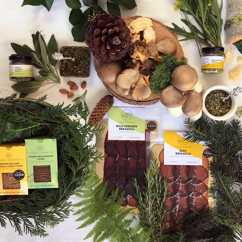 Forest and Field Hamper