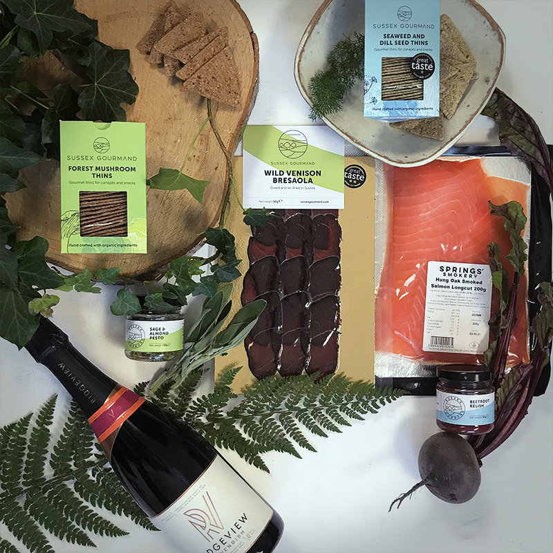 Forest sea and fizz hamper